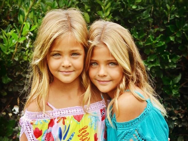 Двойная красота: девочки-близняшки стали известны на весь мир