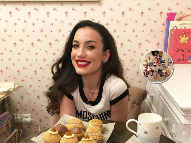 Виктория Дайнеко подарила дочке целую коллекцию кукол
