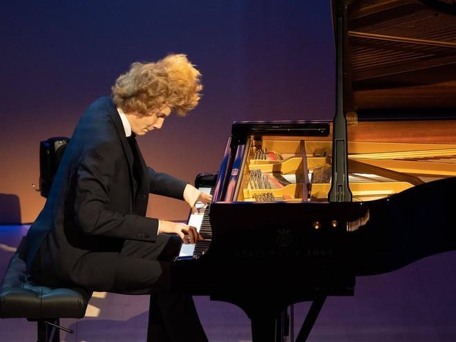 Классика: 16-летний российский пианист одержал победу на «Евровидении»