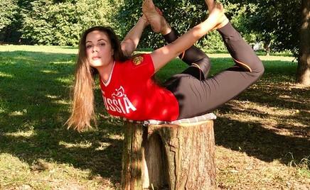 Екатерина Андреева поделилась комплексом упражнений для продления молодости