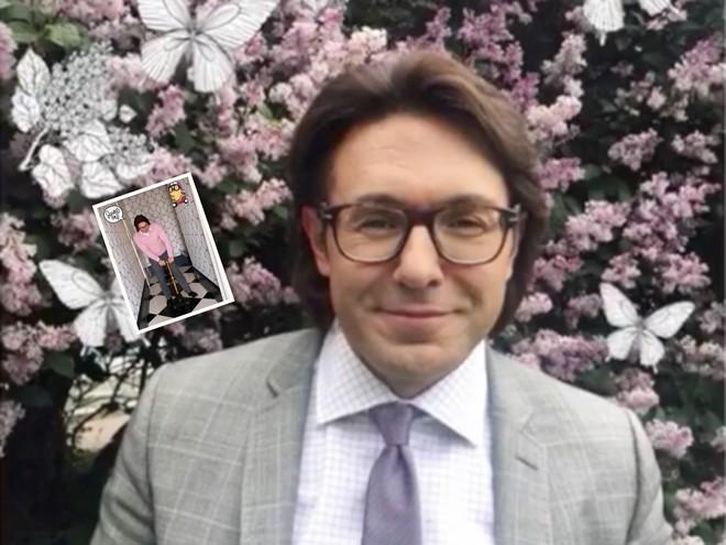 Андрей Малахов подарил 1,5-годовалому сыну самокат