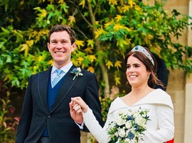 Это осталось за кадром: трогательный момент свадебной фотосессии принцессы Евгении с детьми