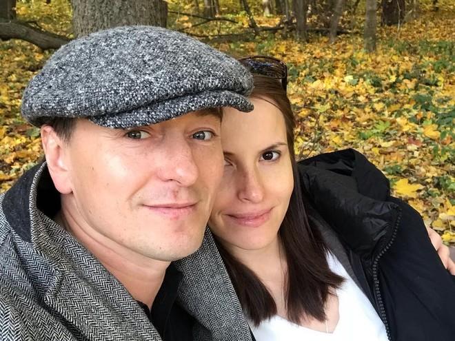 Группа поддержки: Сергей Безруков планирует уйти в декрет