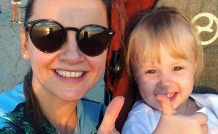 Маленькая гонщица: дочь Игоря Николаева катается на машинке