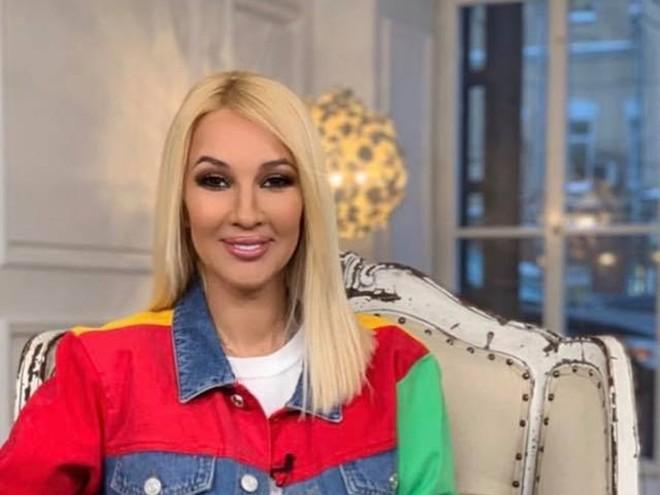 Лера Кудрявцева рассказала, кто будет крестной ее дочки