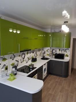 Наша первая, новенькая кухня!