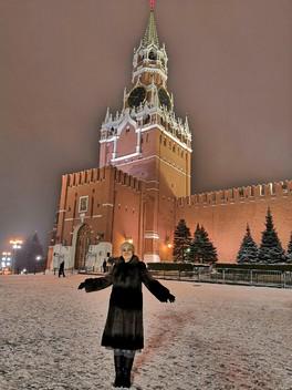 Вечерние прогулке по Москве-граду