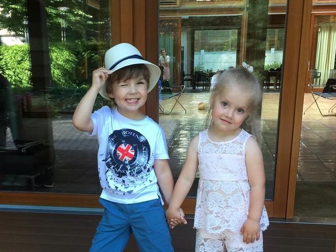 С юбилеем: Лиза и Гарри Галкины отметили 5 лет!