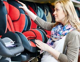 Чем грозит водителю перевозка детей в автомобиле без детского кресла?