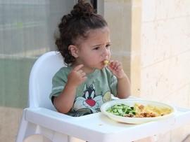 «Не хочу, не буду!» Почему дети отказываются от еды?