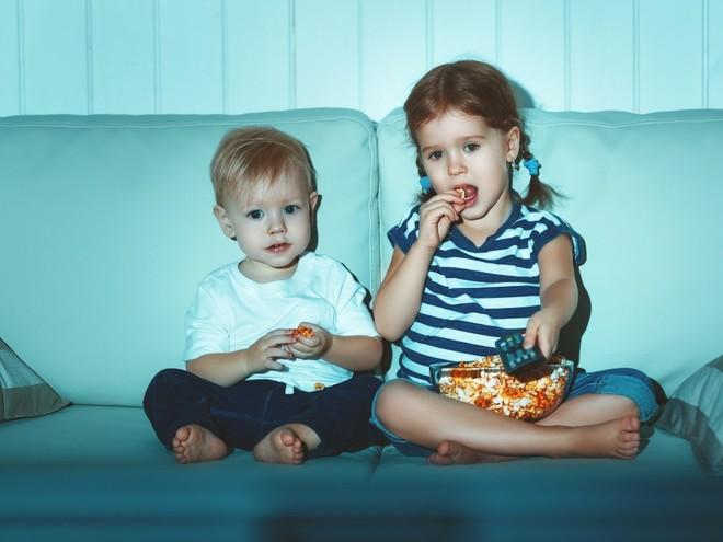 Польза и вред мультфильмов для детей раннего возраста