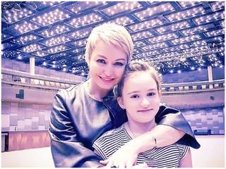 «Сбылась моя детская мечта»: Катя Лель отправила дочь в «Артек»
