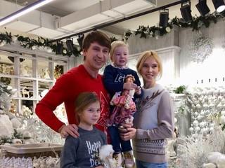 Татьяна Тотьмянина призналась, что мечтает о третьем ребенке