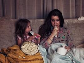Это безумие: фотограф показала будни мамы, у которой нет няни