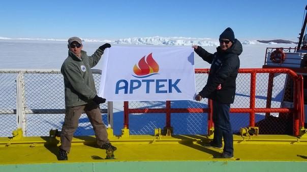 Флаг «Артека» вернулся в Крым из Антарктиды