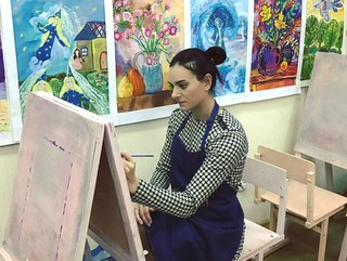 Талантлива во всем: Елена Исинбаева показала свои картины