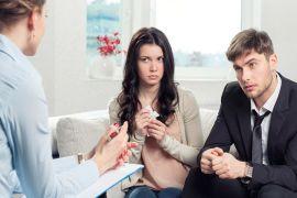 Где учат на профессиональных супругов